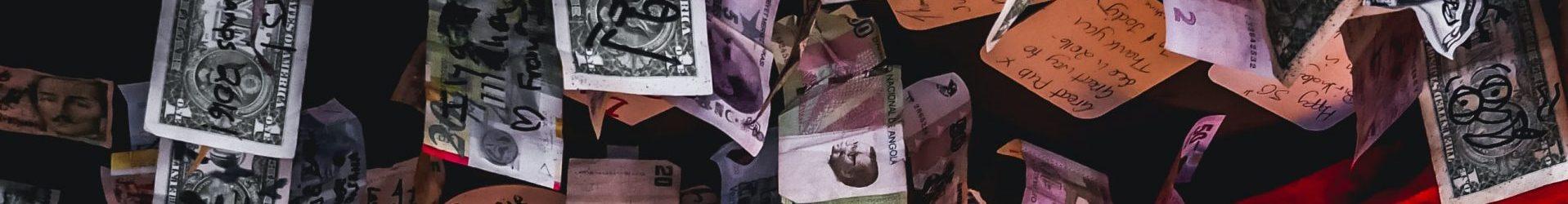 Het geld de wereld in